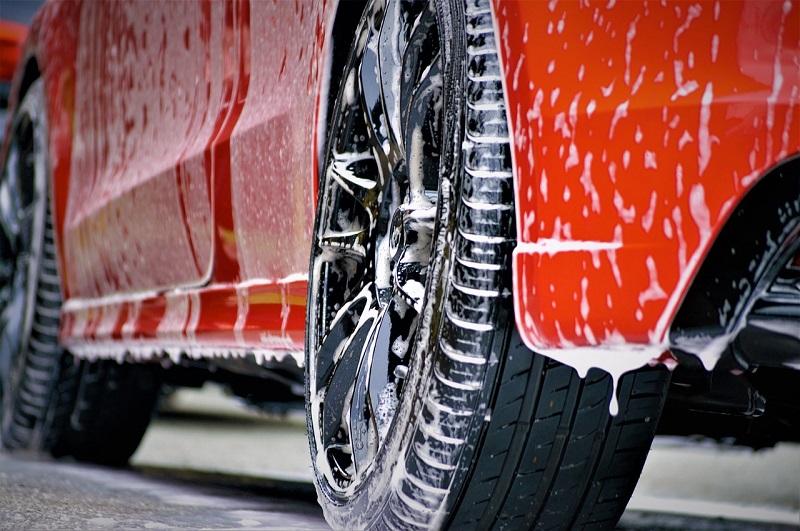 Zunanje in notranje čiščenje vozila