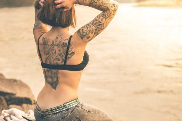 Krema za nego tetovaže poskrbi za dovolj visoko stopnjo vlage na koži
