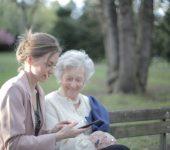 Celovita pomoč starejšim na domu po ugodni ceni